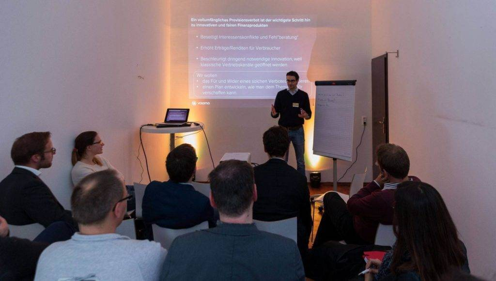 Oliver Vins erklärt seine Session.