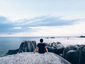 Ohne Geld in ein neues Leben – Mixtape des Monats mit Mike Lippoldt
