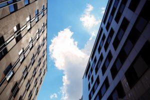 Immobilien: Ein buntes Haus aus Zahlen und Statistiken